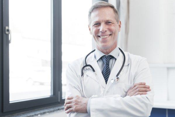 Dr Pierre Martin