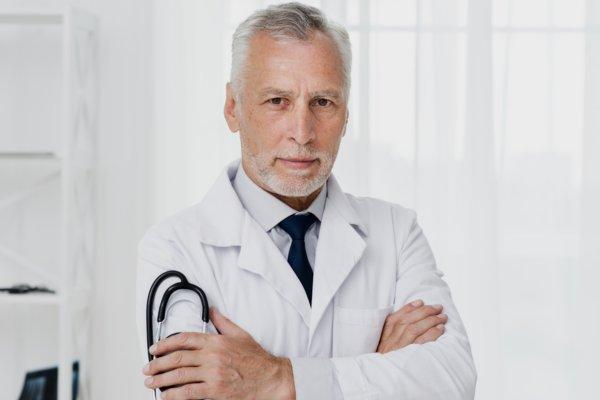 Dr Daniel Gélinas